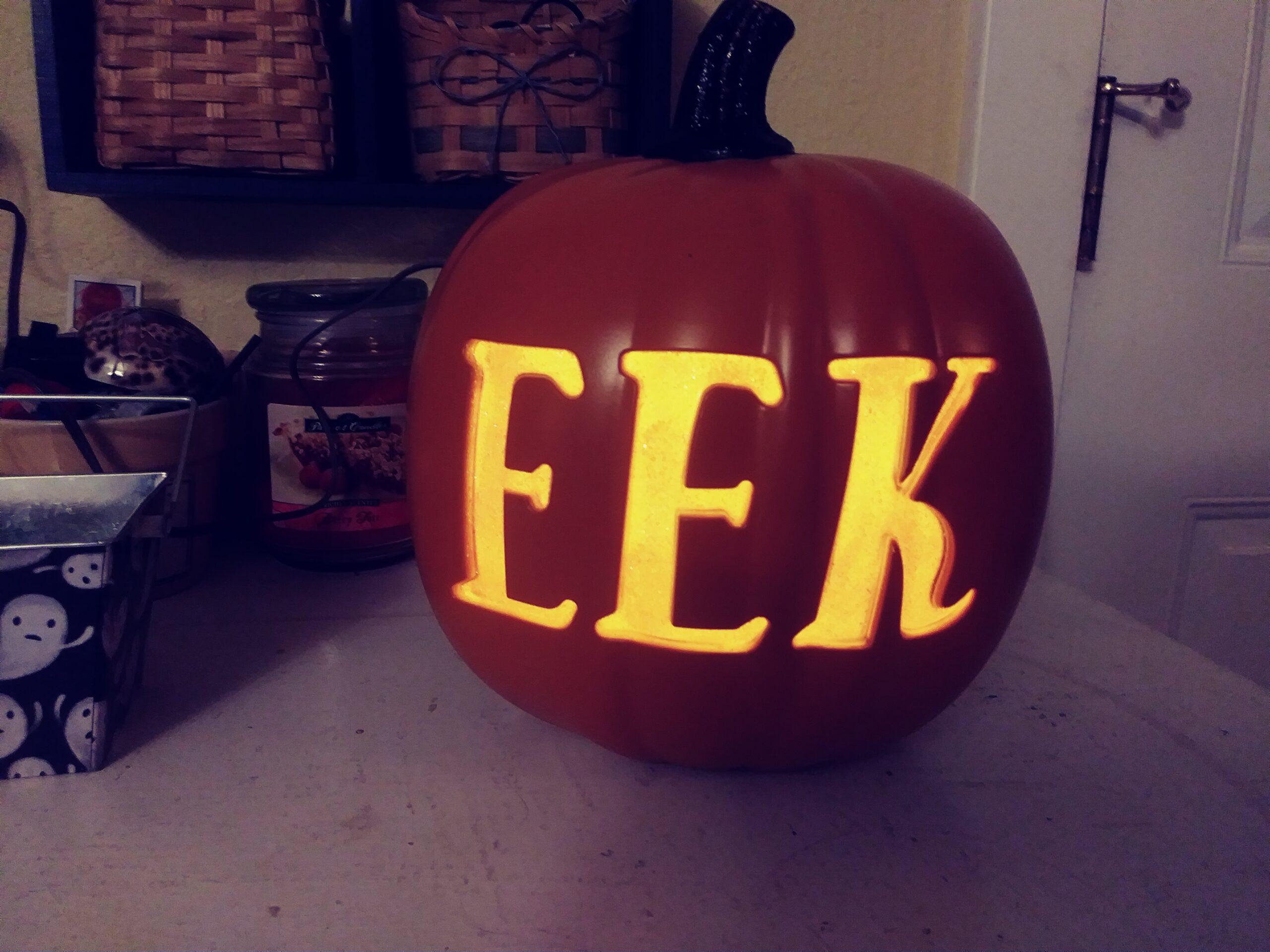 light up Halloween Eek Pumpkin