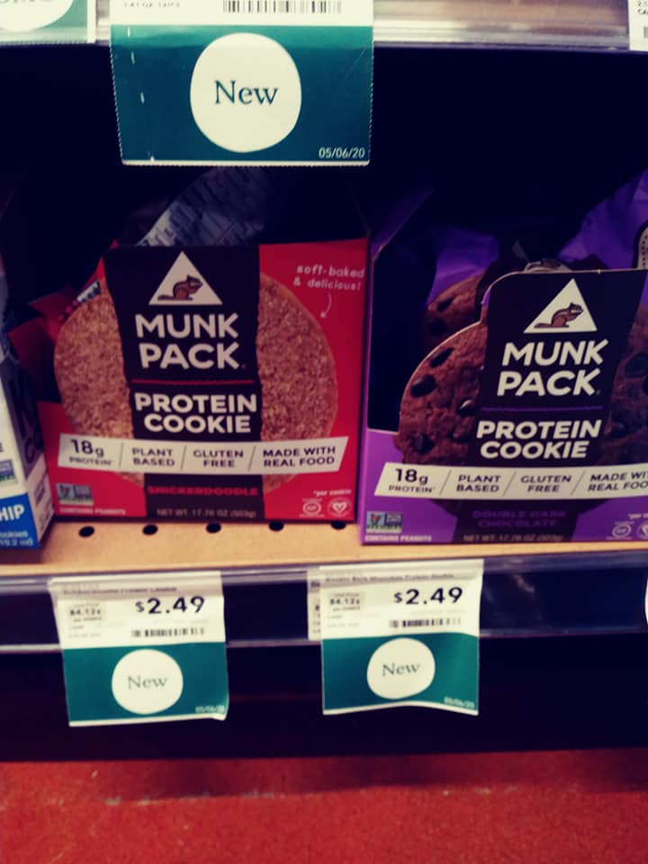 This image has an empty alt attribute; its file name is Munk-Pack-Cookies.jpg