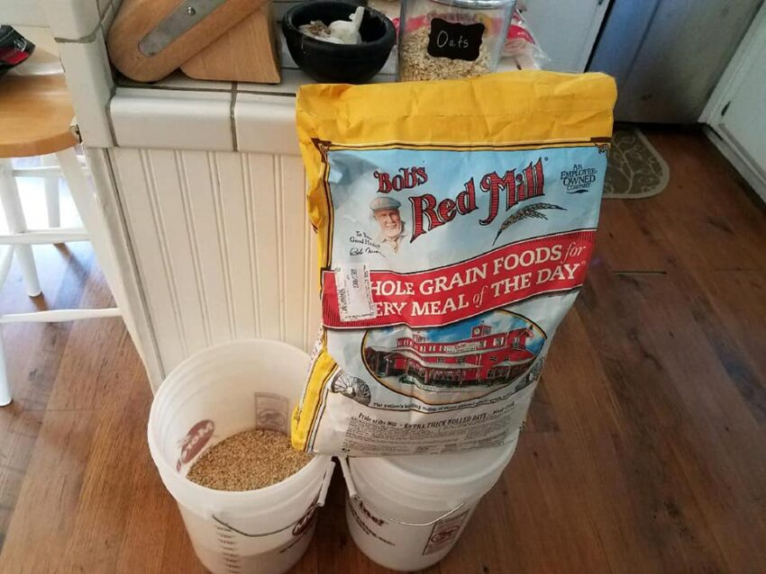 25 lb. bag of Bobs Red Mill Oats