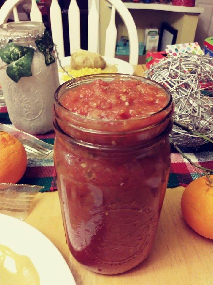 restaurant style salsa in mason jar