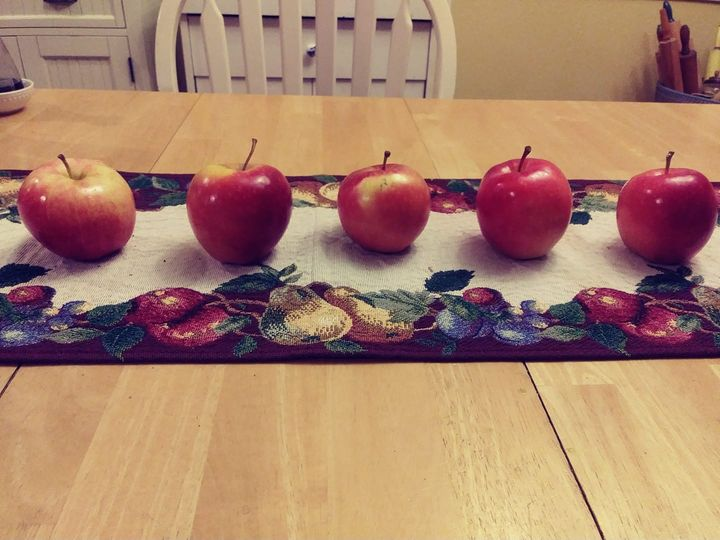 Gala Apples in a row