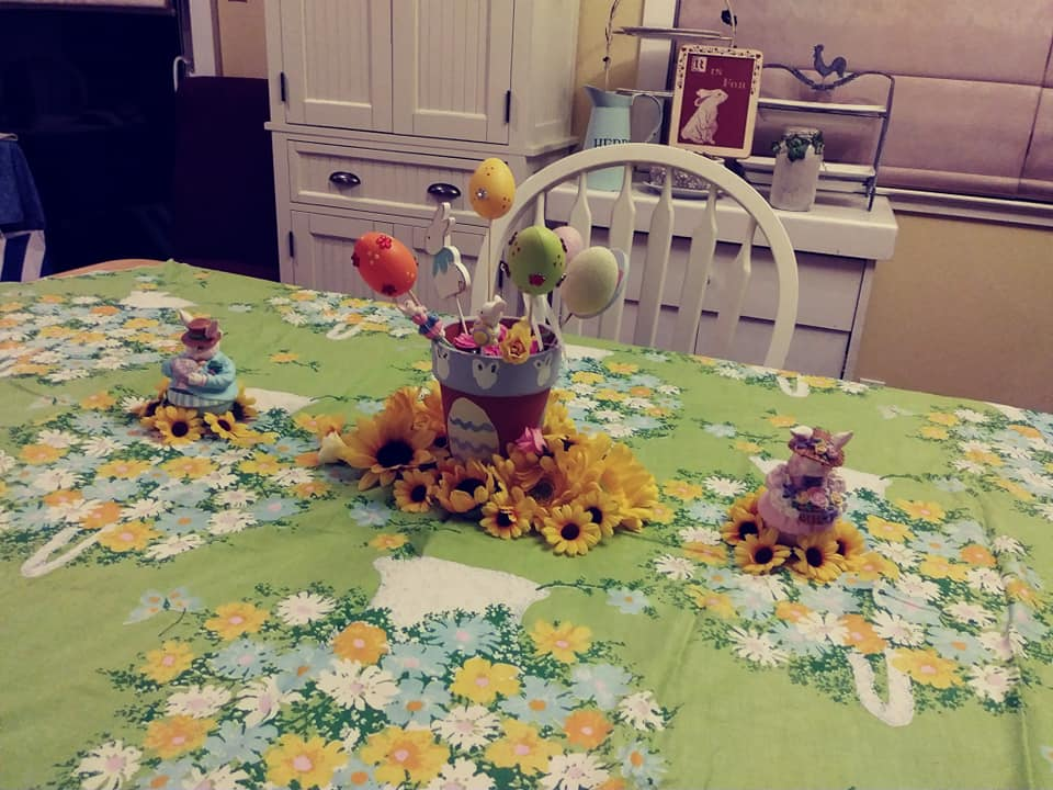 My Easter table with decorations